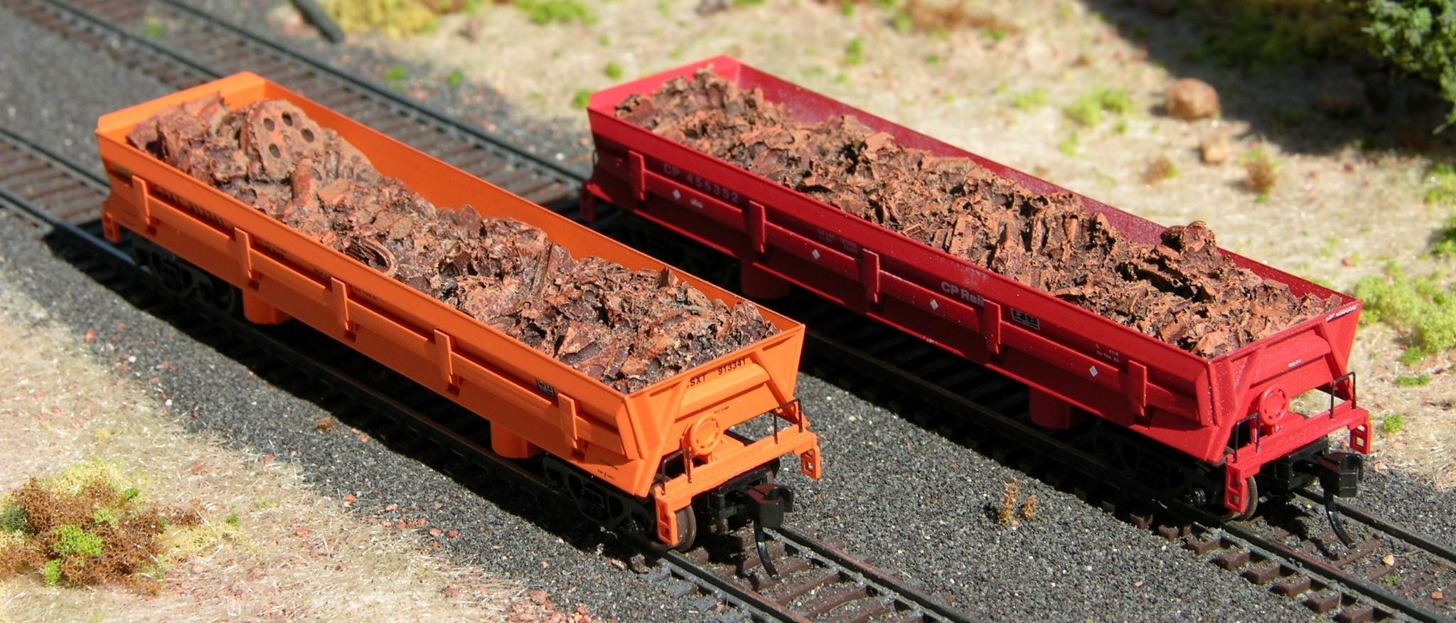 N Scale - Hay Bros - 4503-12 - Load - Painted/Unlettered - SCRAP METAL LOAD