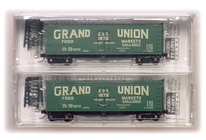 N Scale - Eastern Seaboard Models - 2803 - Reefer, Ice, Wood - Grand Union Food Markets - 90013, 90019