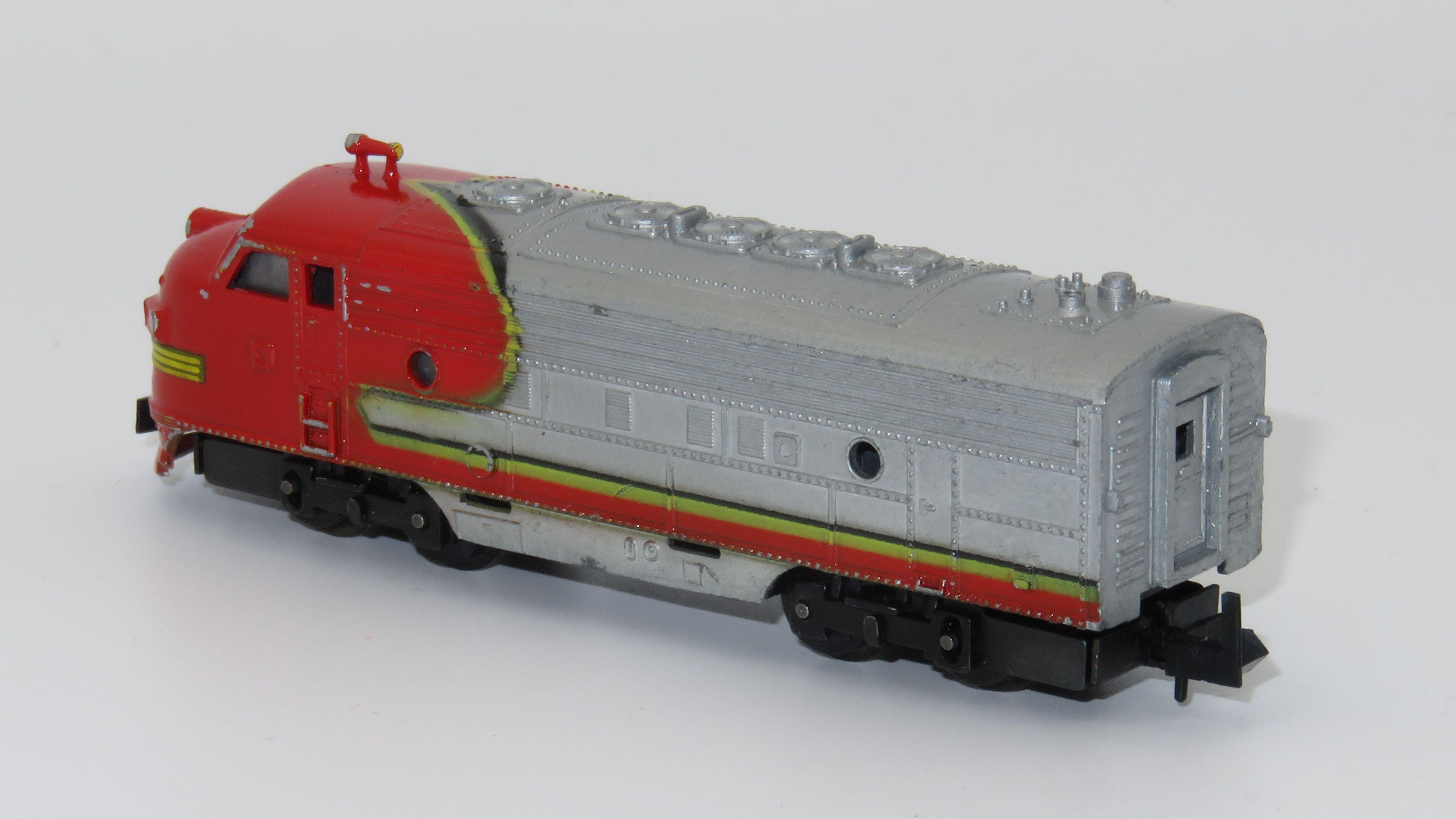 N Scale - Arnold - 0265 - Locomotive, Diesel, EMD F9 - Santa Fe