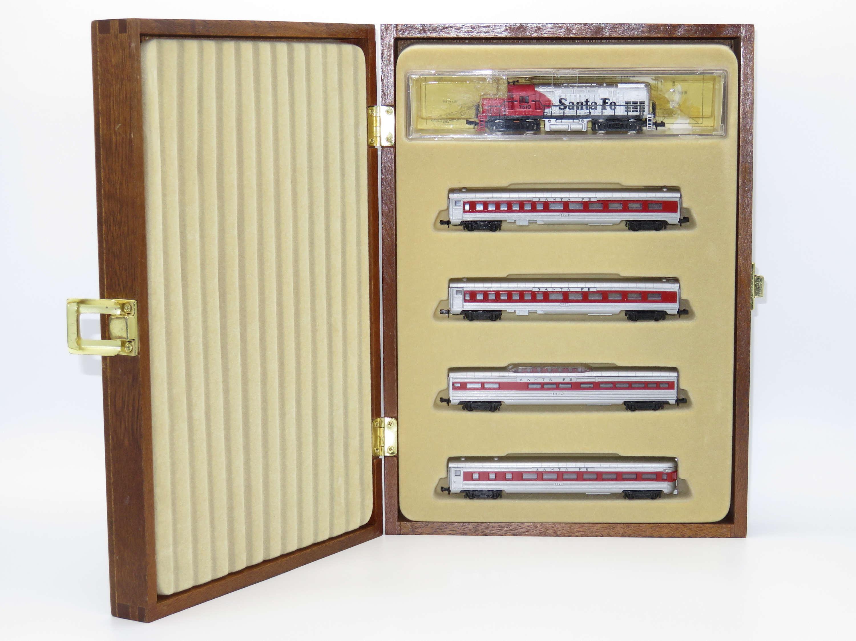 N Scale - Model Power - Unknown (SFSL) - Santa Fe Super Liner - Santa Fe - 5-Unit