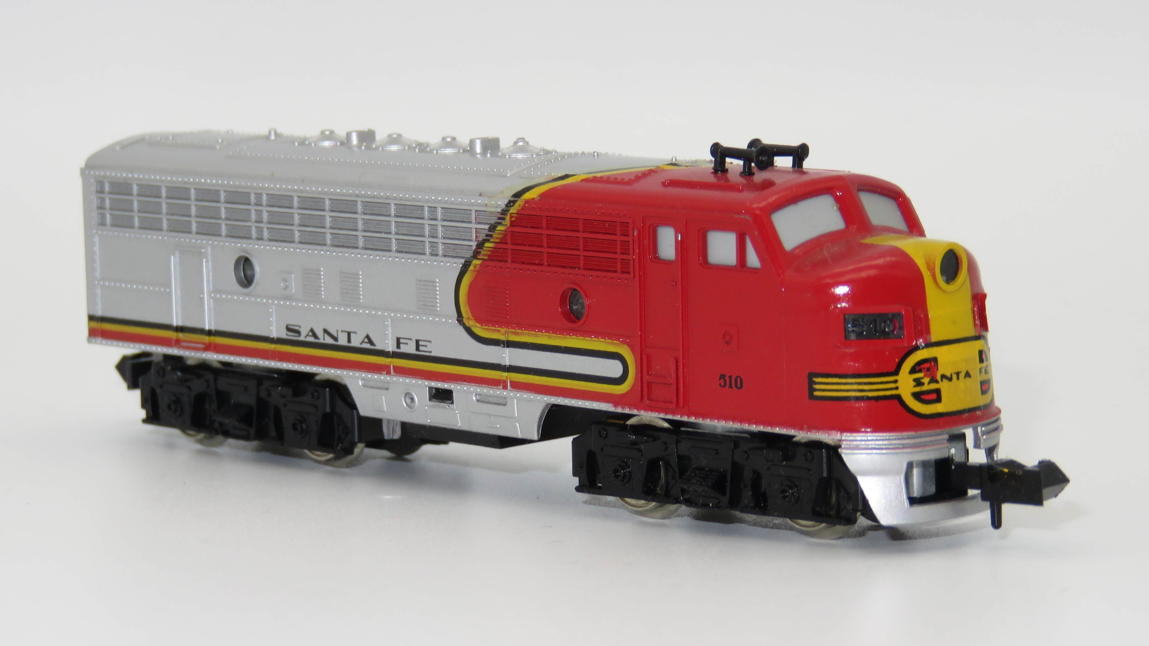 N Scale - Minitrix - 51295100 - Locomotive, Diesel, EMD F9 - Santa Fe - 510