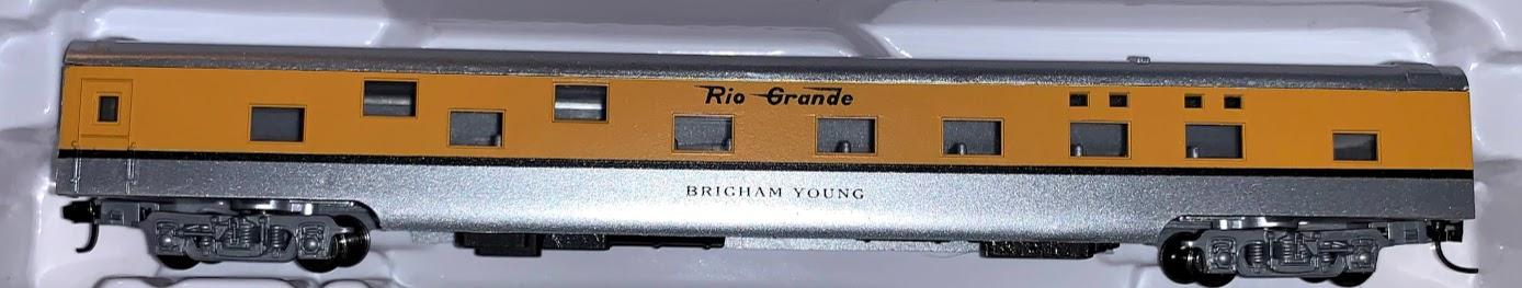 N Scale - Con-Cor - 0001-040083 - Passenger Car, Smoothside, 85 Foot Sleeper - Rio Grande - Brigham Young