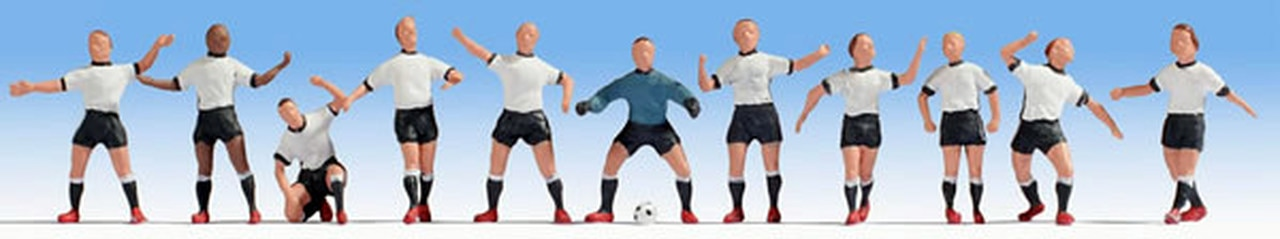 N Scale - Noch - 36965 - Football (Euro)/ Soccer (US) - People