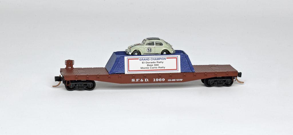 N Scale - Lowell Smith - MTL-D23-17 - Flatcar, 50 Foot - Santa Fe & Disneyland - 1969