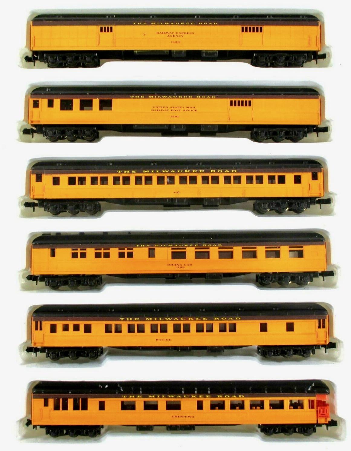 N Scale - Con-Cor - 580004 - Passenger Car, Heavyweight - Milwaukee Road
