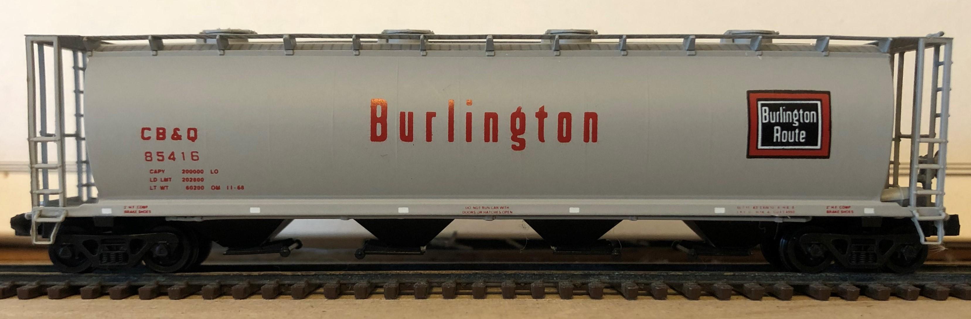 N Scale - Brooklyn Locomotive Works - 65216-B2 - Covered Hopper, 4-Bay, Cylindrical - Burlington Route - 85416