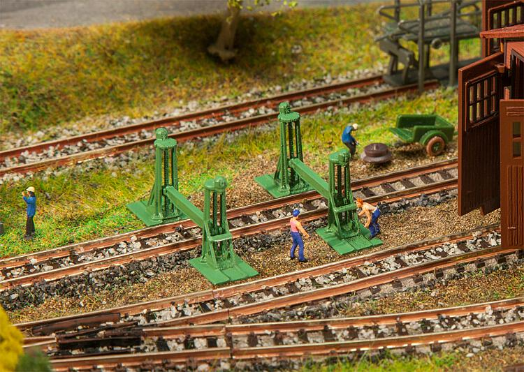N Scale - Faller - 272909 - Lifting Jacks - Railroad Structures