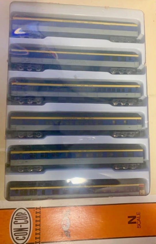 N Scale - Con-Cor - 0003-570017 - Passenger Car, Heavyweight - Chesapeake & Ohio - 6-Pack