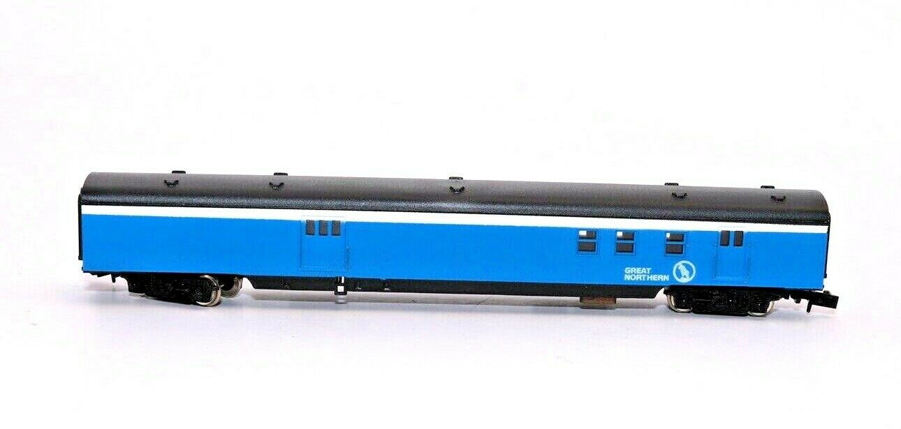 N Scale - Con-Cor - 4031B - Passenger Car, Lightweight, Smoothside - Great Northern