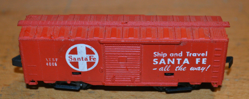 N Scale - Arnold - 0461 - Boxcar, 40 Foot, PS-1 - Santa Fe - 4006