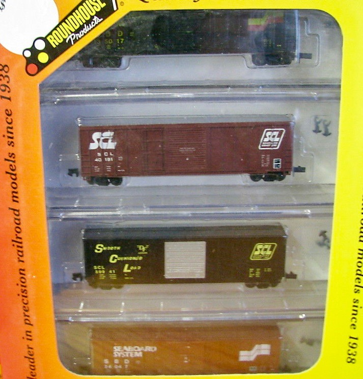 N Scale - Roundhouse - 89504 - Boxcar, 50 Foot, PS-1 - Various - 4-Pack