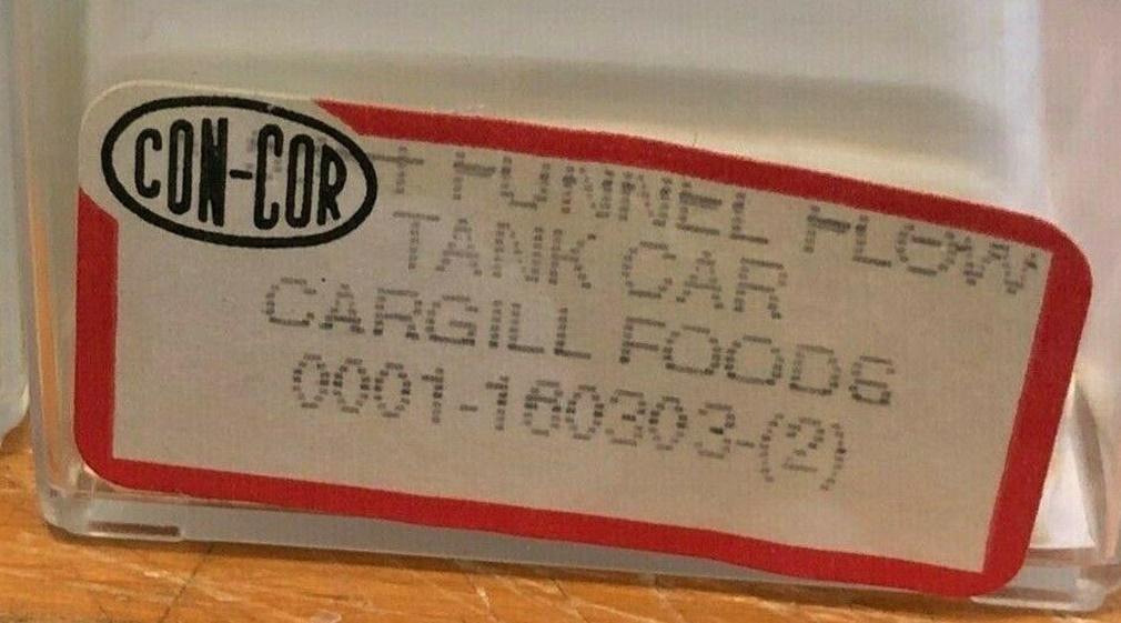 N Scale - Con-Cor - 0001-160303(2) - Tank Car, Single Dome, Funnel-Flow - Cargill - 7729