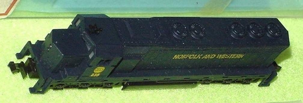 N Scale - Con-Cor - 2201-L - Locomotive, Diesel, EMD SD45 - Norfolk & Western - 235