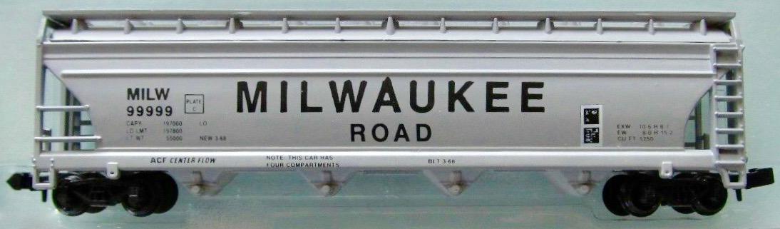 N Scale - JnJ - 9204-1 - Covered Hopper, 4-Bay, ACF Centerflow - Milwaukee Road - 99999