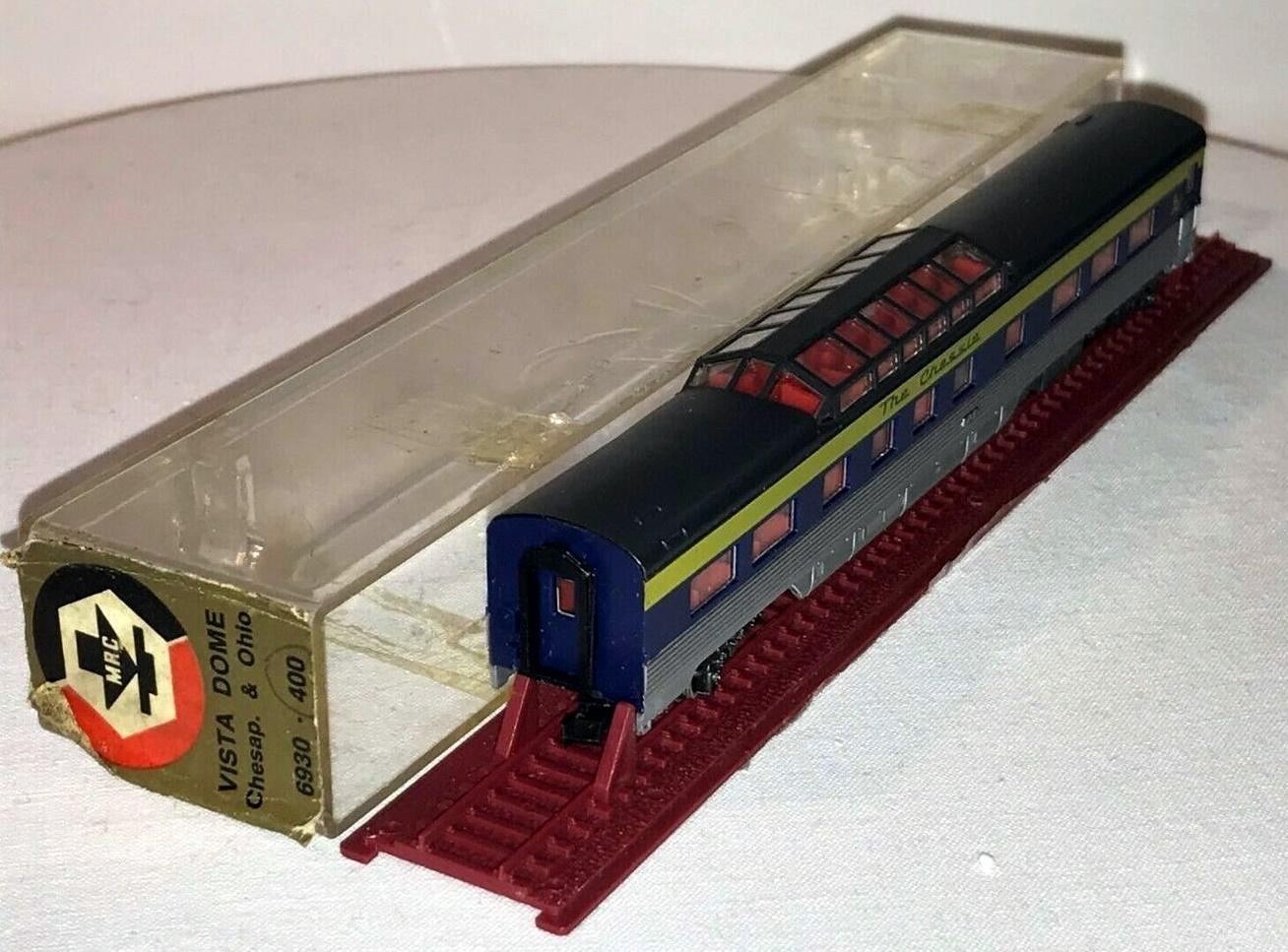 N Scale - MRC - 6930 - Passenger Car, Pullman, Semi-Corrugated, Dome - Chesapeake & Ohio - 850