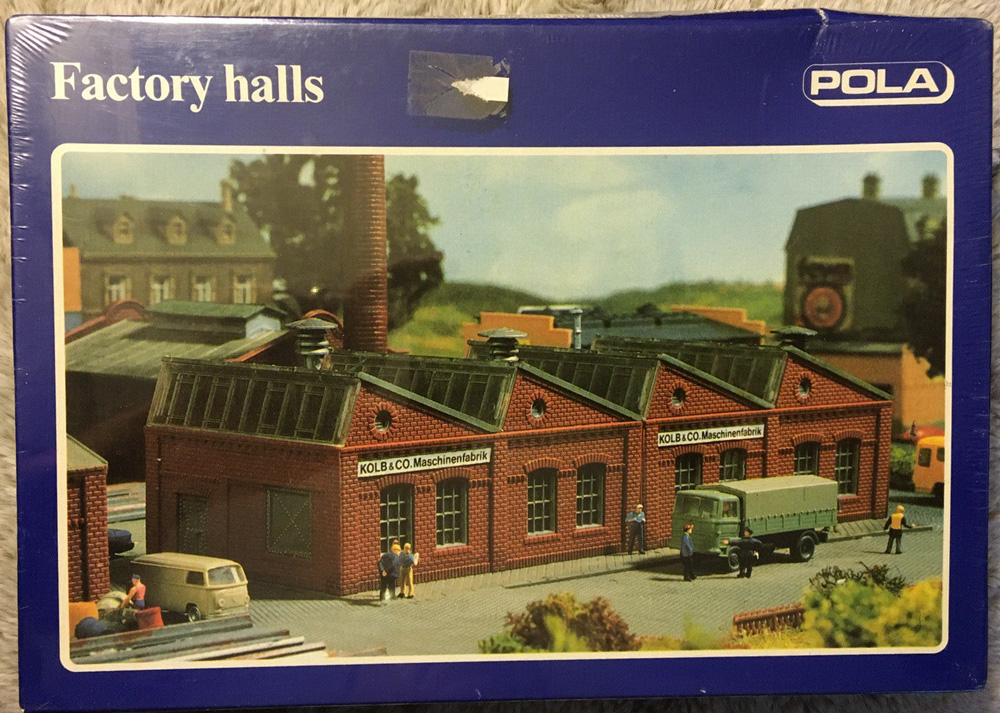 N Scale - Pola - 262 - Industrial Structures - Industrial Structures - Factory Halls