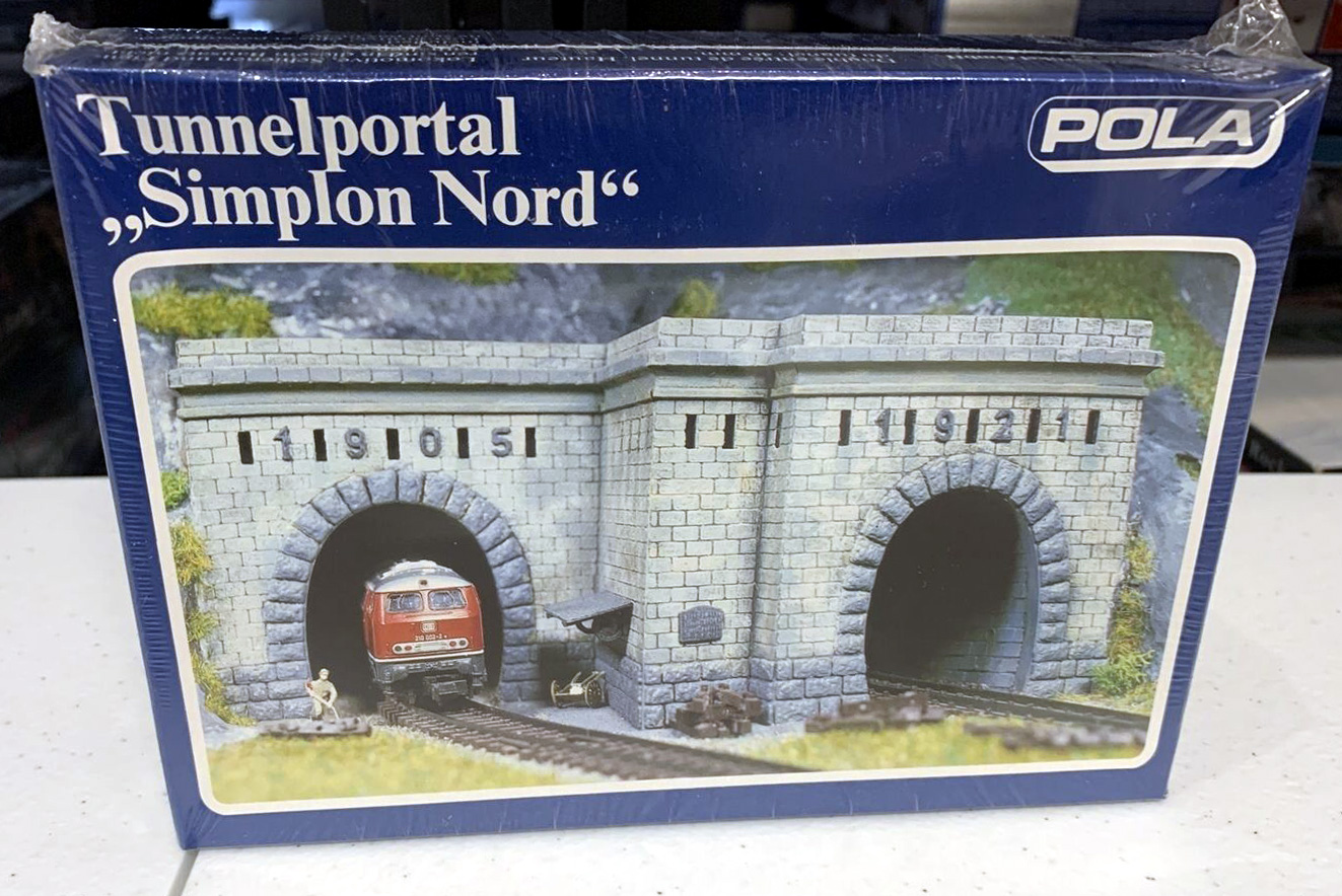 N Scale - Pola - 270 - Railroad Structures - Tunnel Portal