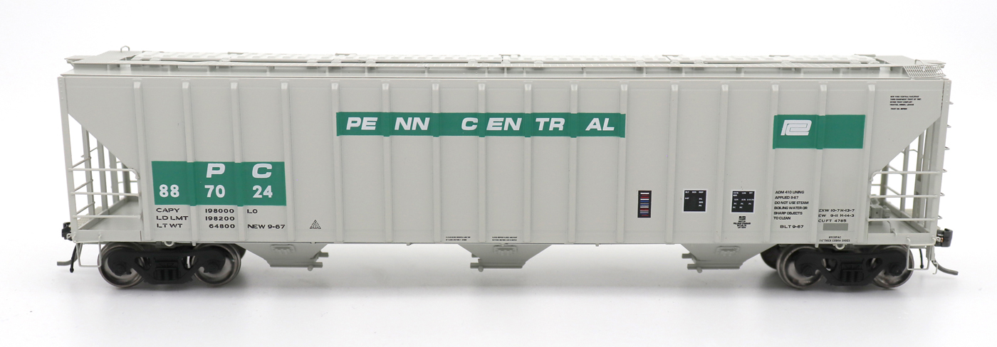 N Scale - InterMountain - 672203-02 - Covered Hopper, 3-Bay, PS-2 - Penn Central - 886847