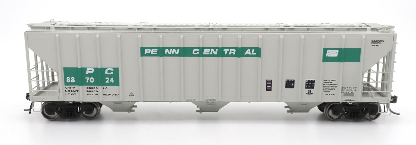 N Scale - InterMountain - 672203-04 - Covered Hopper, 3-Bay, PS-2 - Penn Central - 886946
