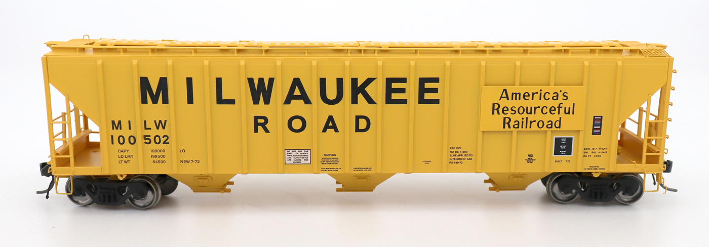 N Scale - InterMountain - 672249-01 - Covered Hopper, 3-Bay, PS-2 - Milwaukee Road - 100500