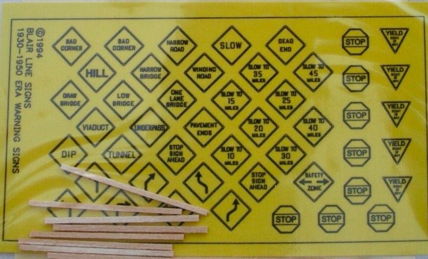 N Scale - Blair Line - 043 - Signs,Traffic - Railroad Structures