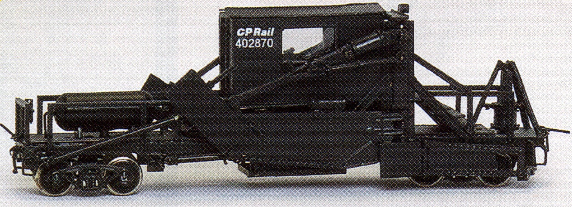 N Scale - Overland Models - 2804C - MOW, Jordan Spreader,Low Blade, Ballast - Canadian Pacific - 402870
