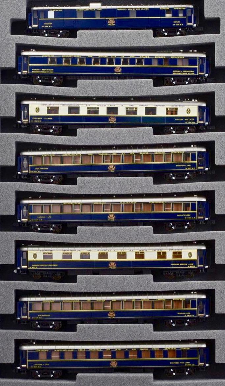 N Scale - Kato Lemke - K23215-1 - Passenger Train, Orient Express, Wagons Lits - Compagnie Internationale des Wagons-Lits - 8 Car Set