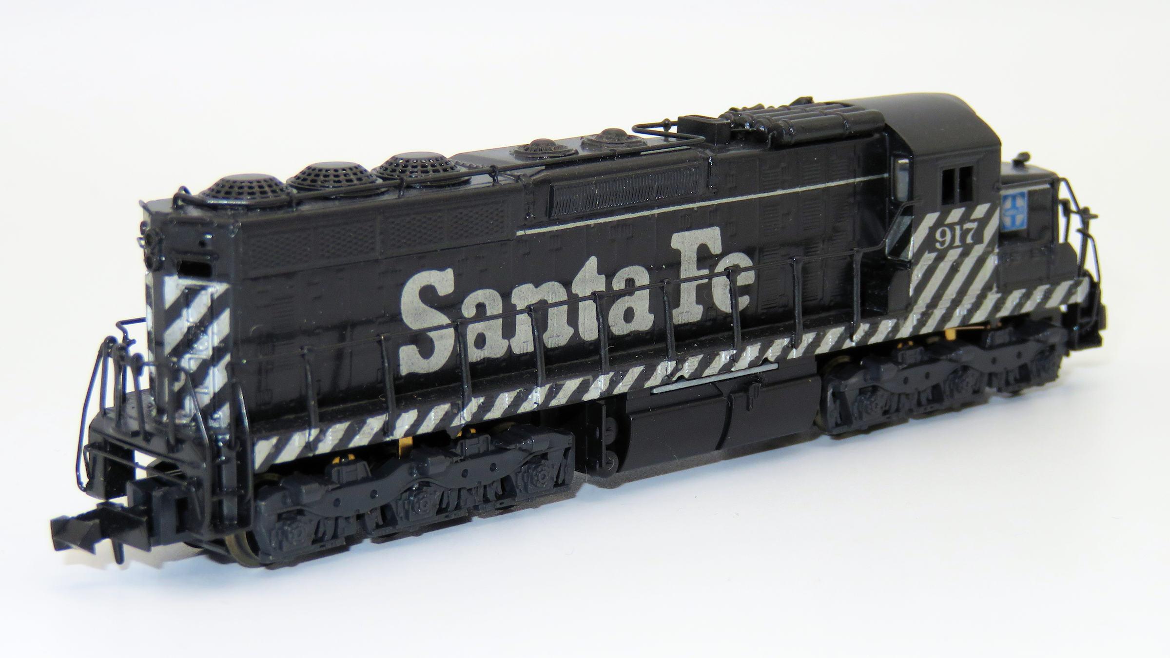 N Scale - Hallmark Models - NS0540 - Locomotive, Diesel, EMD SD24 - Santa Fe - 917