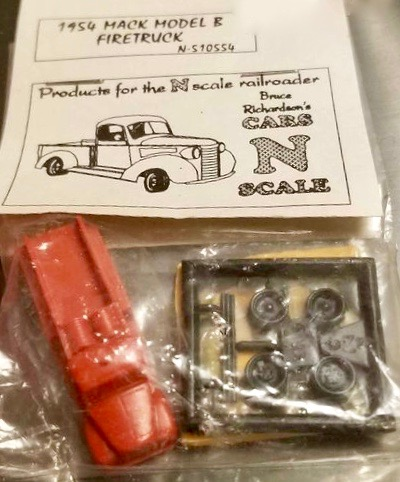 N Scale - Bruce Richardson - 510554 - Vehicle, Mack, Fire Engine, Truck - Painted/Unlettered