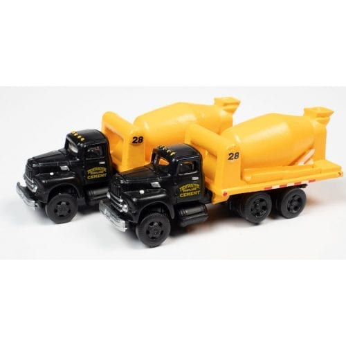N Scale - Classic Metal Works - 50423 - Truck, IH R190 - Painted/Lettered - 1954 IH R-190 CementTruck