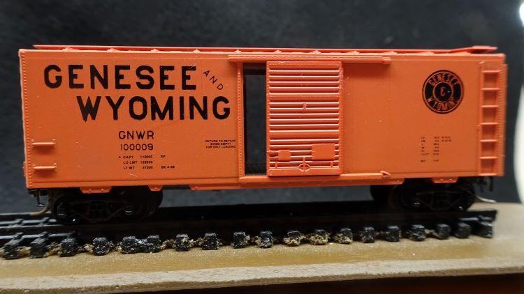 N Scale - N Hobby Distributing - 37 - Boxcar, 40 Foot, PS-1 - Genesee & Wyoming - 100009