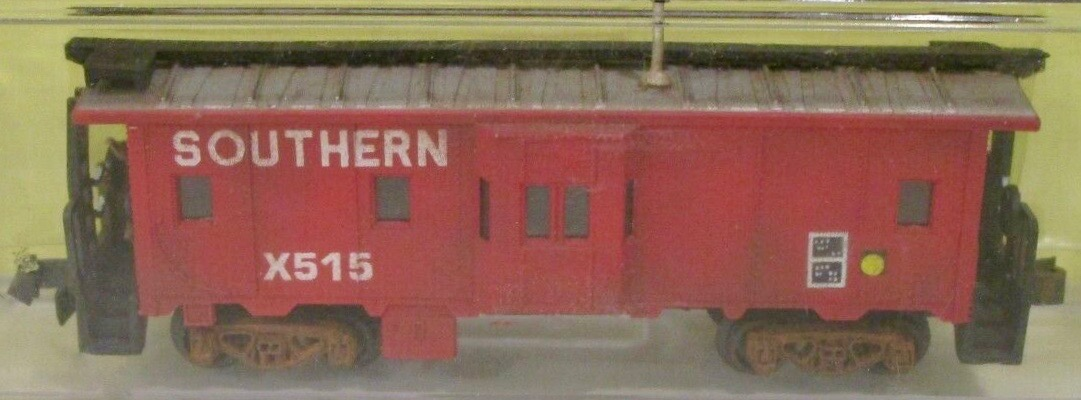 N Scale - Loco-Motives - 1015 - Caboose, Bay Window - Southern - X515