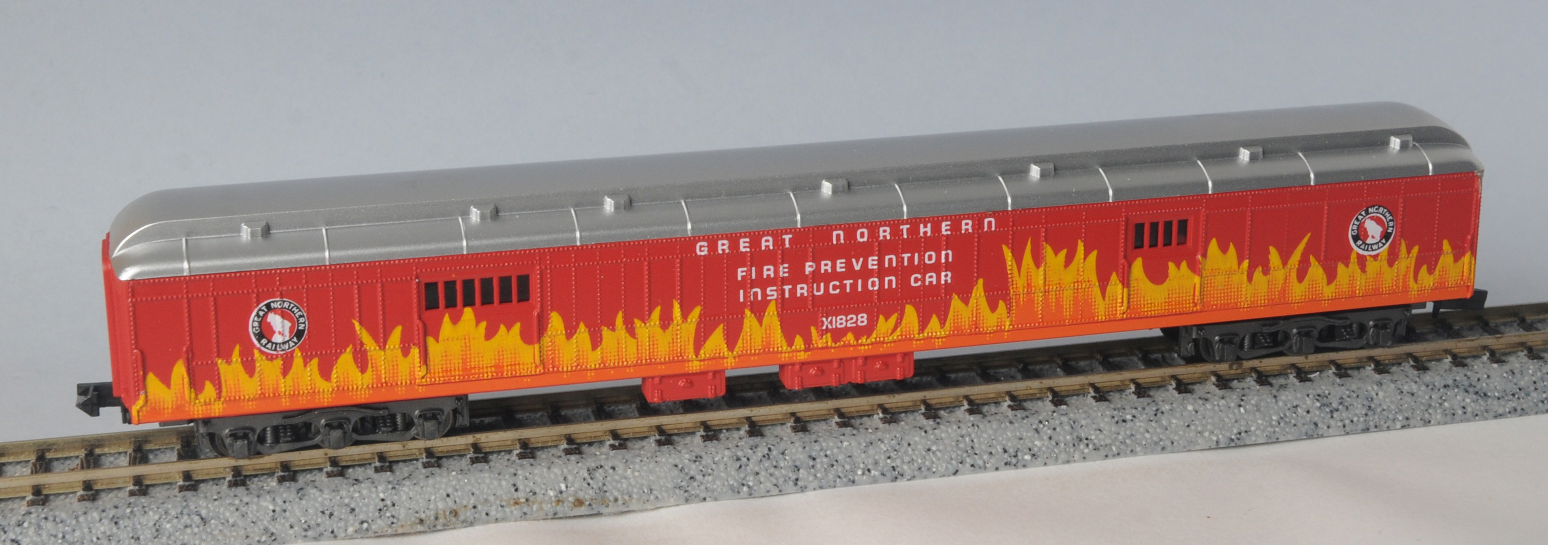 N Scale - Third Rail Graphics - 198 - Passenger Car, Heavyweight, Baggage - Great Northern - X1828