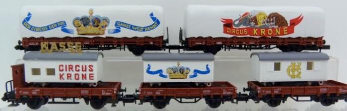 N Scale - Arnold - 0152 - Flatcar, Stake, Circus - Deutsche Bundesbahn - 5-Pack