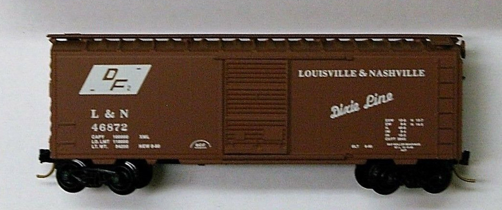 N Scale - Micro-Trains - 20430 - Boxcar, 40 Foot, PS-1 - Louisville & Nashville - 46872