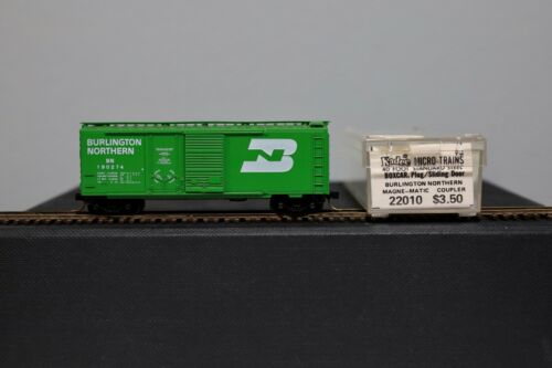 N Scale - Micro-Trains - 22010 - Boxcar, 40 Foot, Steel Combo Door - Burlington Northern - 190274