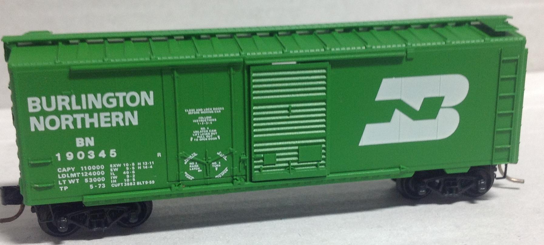 N Scale - Micro-Trains - 22010 - Boxcar, 40 Foot, Steel Combo Door - Burlington Northern - 190345