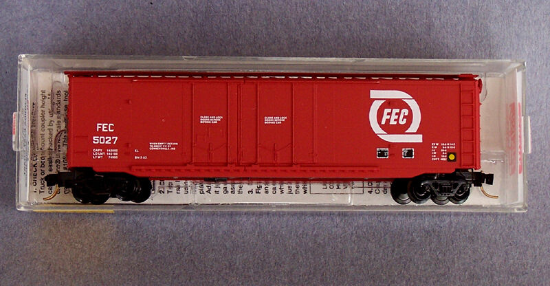 N Scale - Micro-Trains - 36060 - Boxcar, 50 Foot, Steel, Plug Door - Florida East Coast - 5027