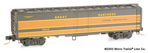 N Scale - Micro-Trains - 052 00 060 - Reefer, 50 Foot, Mechanical - Great Northern - 2203