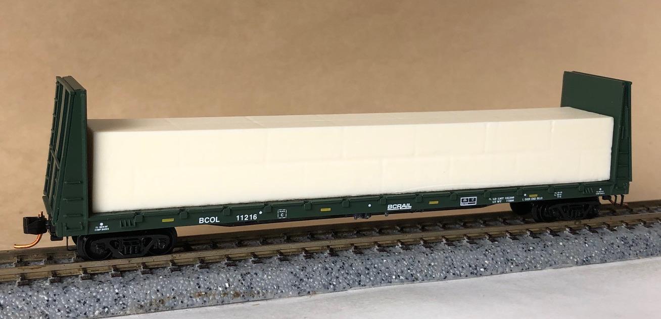 N Scale - Micro-Trains - 054 00 172 - Flatcar, Bulkhead - British Columbia - 11216