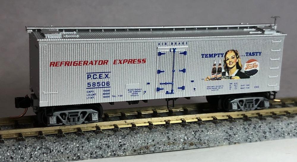 N Scale - Micro-Trains - 58560 - Reefer, Ice, Wood - Pepsi - 58506