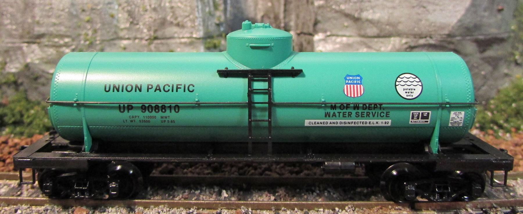 N Scale - Micro-Trains - 65340 - Tank Car, Single Dome, 39 Foot - Union Pacific - 908810