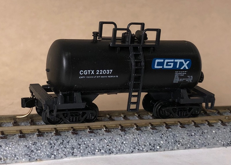 N Scale - Atlas - 3248 - Tank Car, Single Dome, Shorty - Canadian General Transportation - 22037