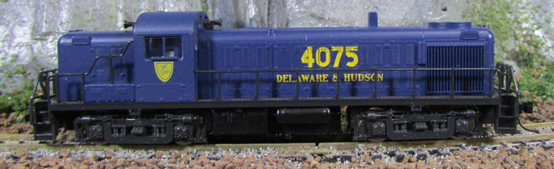 N Scale - Atlas - 4211 - Locomotive, Diesel, Alco RS-3 - Delaware & Hudson - 4075
