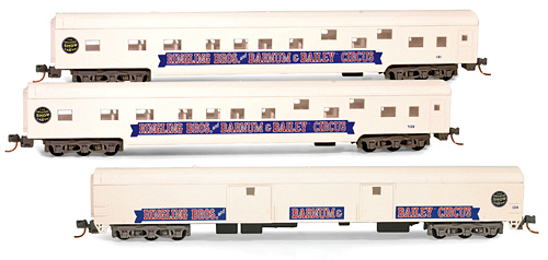 N Scale - Micro-Trains - 985 51 605 - Passenger Car, Lightweight, Budd - Ringling Bros. and Barnum & Bailey - 141
