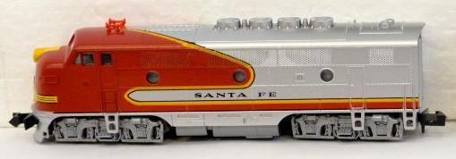 N Scale - Kato USA - 176-051 - Locomotive, Diesel, EMD F3 - Santa Fe
