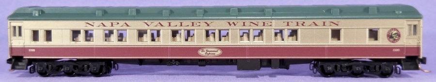 N Scale - Micro-Trains - 143 51 XXX - Passenger Car, Heavyweight, Pullman Parlor 28-1 - Napa Valley Wine Train - Le Gourmet
