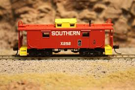 N Scale - Bluford Shops - BS-93303 - Caboose, Cupola, NE-6 - Southern - X252