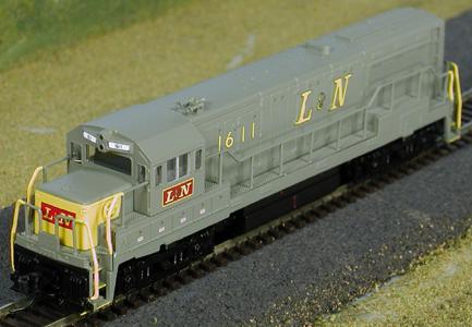 N Scale - Atlas - 44506 - Locomotive, Diesel, GE U25B - Louisville & Nashville - 1611