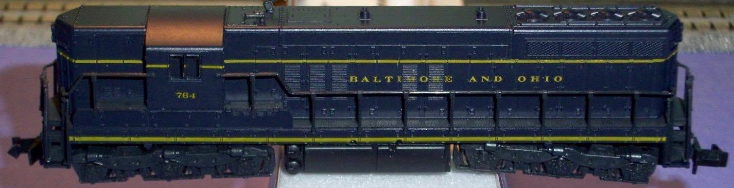 N Scale - Atlas - 4506 - Locomotive, Diesel, EMD SD7 - Baltimore & Ohio - 761